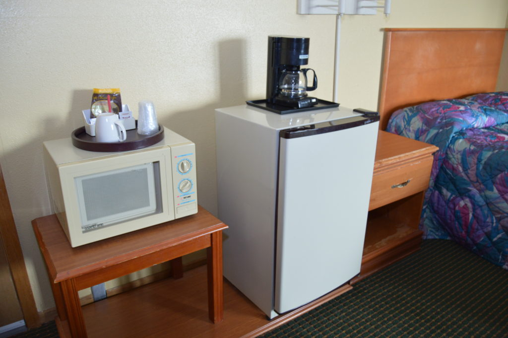 Micro/Fridge & Coffee Maker